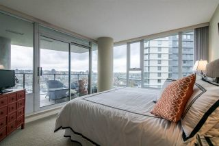 """Photo 16: 2103 583 BEACH Crescent in Vancouver: Yaletown Condo for sale in """"PARK WEST TWO"""" (Vancouver West)  : MLS®# R2361220"""