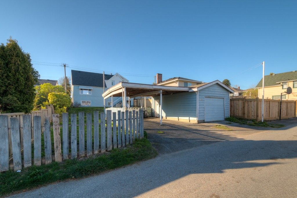 """Photo 38: Photos: 1728 DUBLIN Street in New Westminster: West End NW House for sale in """"WEST END"""" : MLS®# R2053372"""
