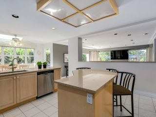 """Photo 10: 3585 BRIGHTON Drive in Burnaby: Government Road House for sale in """"GOVERNMENT ROAD AREA"""" (Burnaby North)  : MLS®# R2069615"""