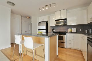 """Photo 11: 604 155 W 1ST Street in North Vancouver: Lower Lonsdale Condo for sale in """"TIME"""" : MLS®# R2335827"""