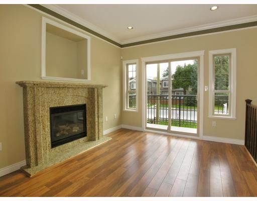 Photo 2: Photos: 5825 WOODSWORTH Street in Burnaby: Central BN 1/2 Duplex for sale (Burnaby North)  : MLS®# V748580