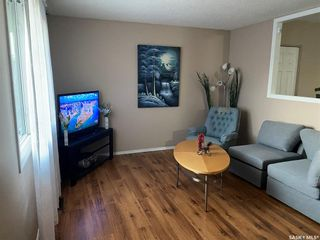 Photo 5: 418 SMALLWOOD Crescent in Saskatoon: Confederation Park Residential for sale : MLS®# SK873758