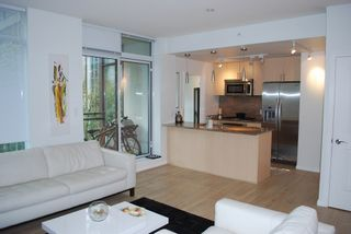 Photo 4: 501 1211 MELVILLE Street in Vancouver: Coal Harbour Condo for sale (Vancouver West)  : MLS®# R2088230
