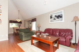 Photo 3: 11570 WARESLEY Street in Maple Ridge: Southwest Maple Ridge House for sale : MLS®# R2096912