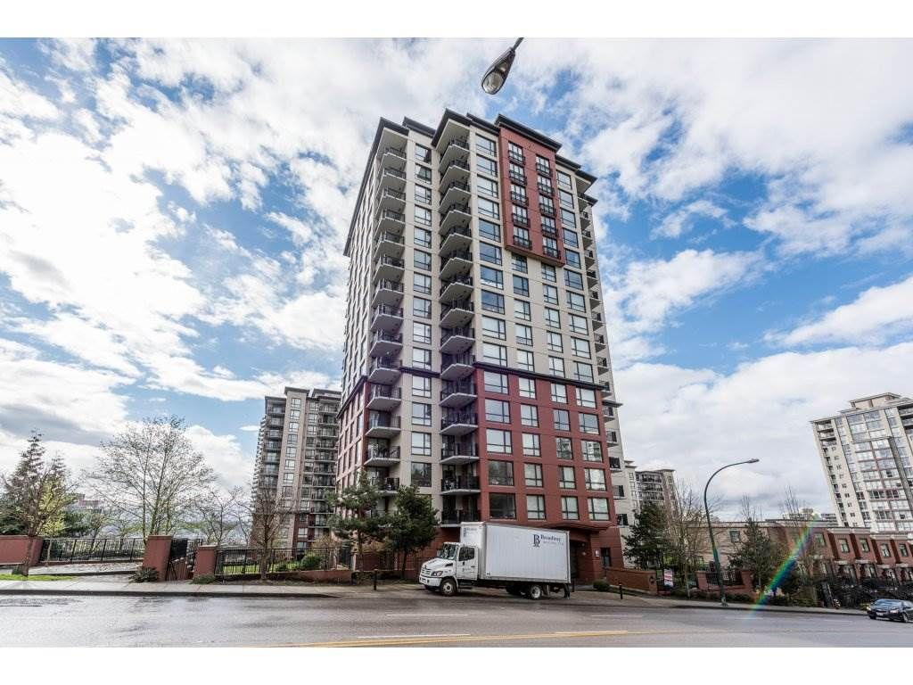 """Main Photo: 605 814 ROYAL Avenue in New Westminster: Downtown NW Condo for sale in """"THE NEWS"""" : MLS®# R2156510"""