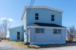 Main Photo: 752 East Chezzetcook Road in East Chezzetcook: 31-Lawrencetown, Lake Echo, Porters Lake Residential for sale (Halifax-Dartmouth)  : MLS®# 202107767