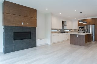 Photo 6: 1040 MADORE Avenue in Coquitlam: Central Coquitlam House for sale : MLS®# R2448311