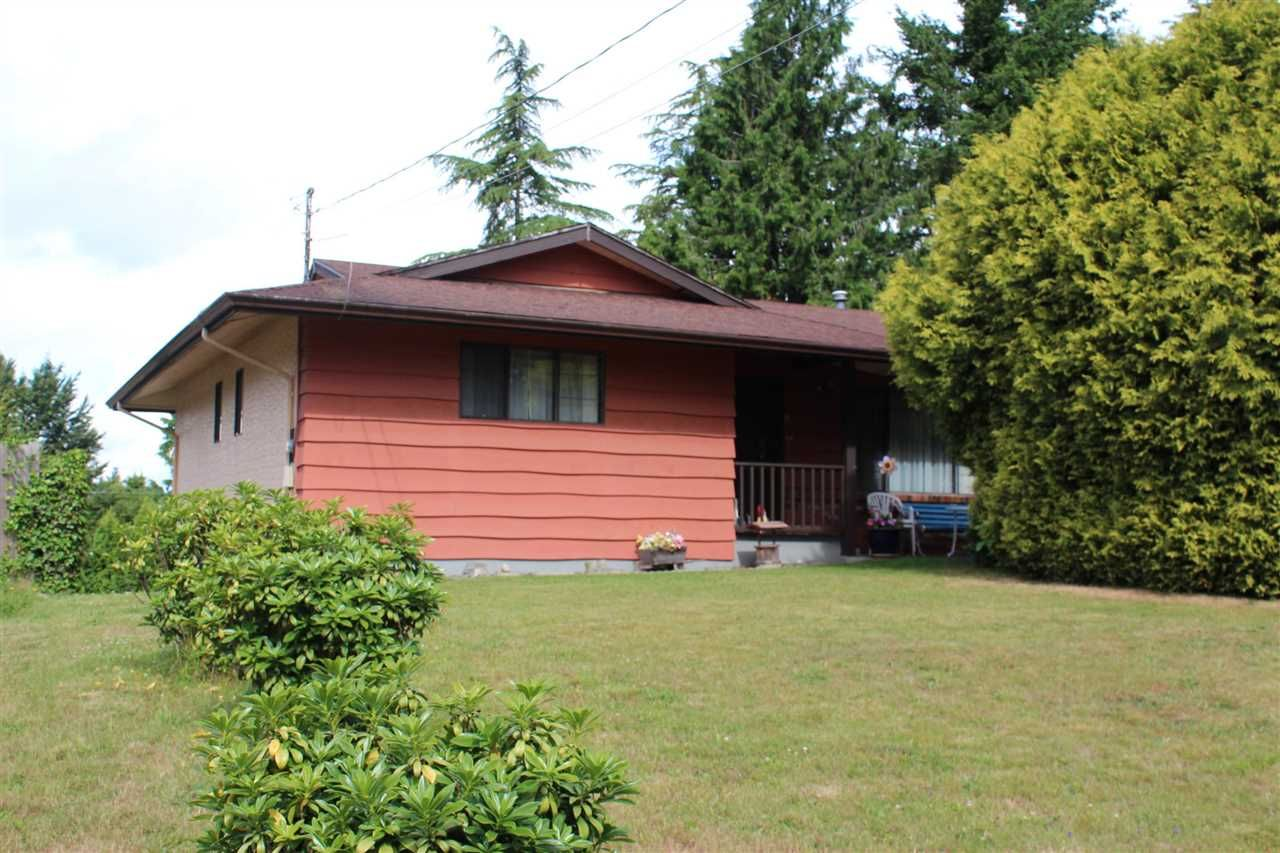 Main Photo: 2337 BEDFORD Place in Abbotsford: Central Abbotsford House for sale : MLS®# R2592174