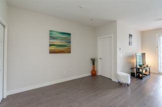 """Photo 8: 316 20068 FRASER Highway in Langley: Langley City Condo for sale in """"Varsity"""" : MLS®# R2473178"""