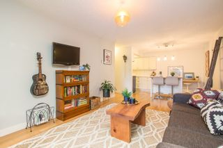 """Photo 18: 103 1330 MARTIN Street: White Rock Condo for sale in """"THE COACH HOUSE"""" (South Surrey White Rock)  : MLS®# R2517158"""