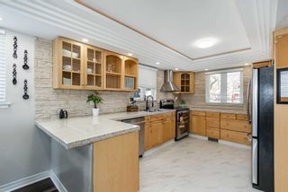 Photo 2: 45 Banner Crescent in Ajax: South West House (2-Storey) for sale : MLS®# E5146974