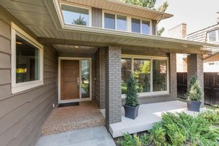 Photo 4: 208 PUMP HILL Gardens SW in Calgary: Pump Hill Detached for sale : MLS®# A1101029
