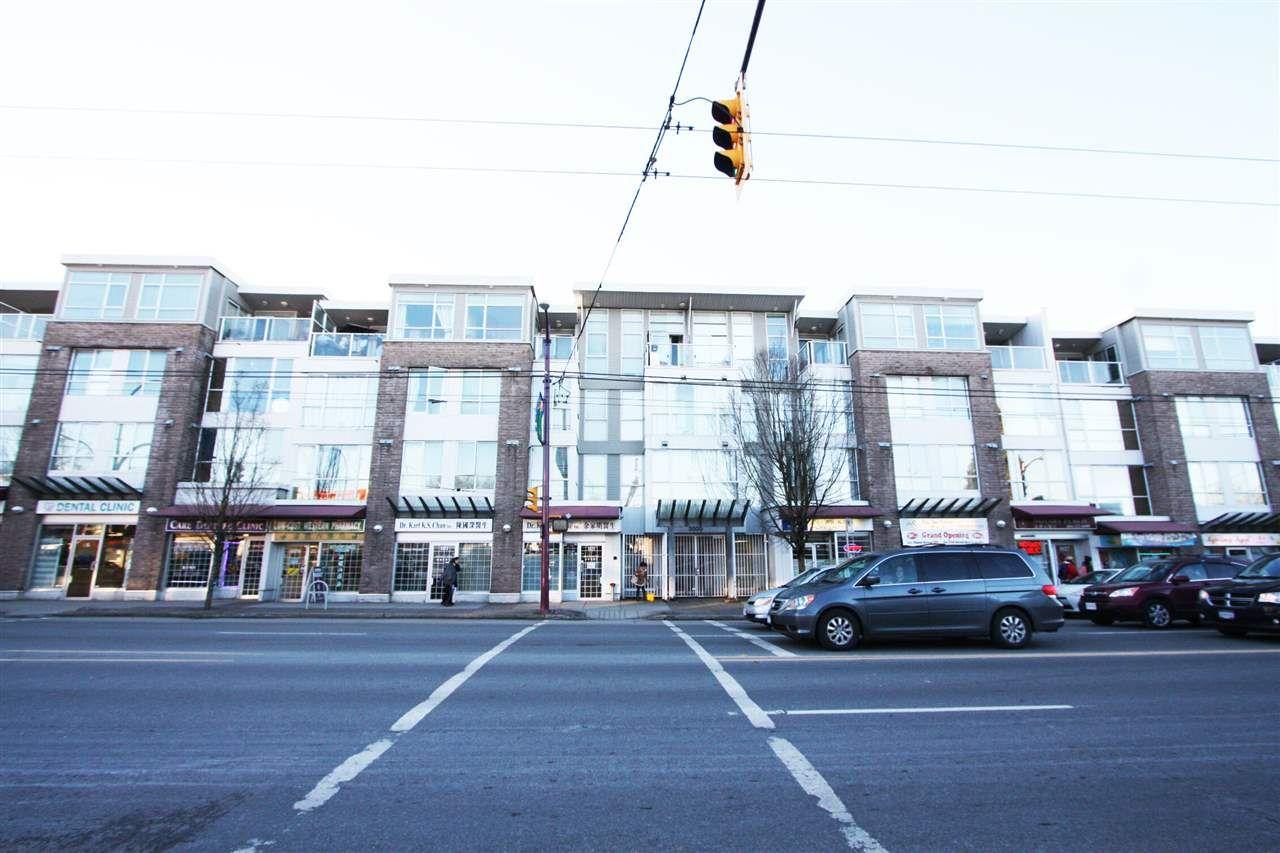 "Main Photo: 332 5555 VICTORIA Drive in Vancouver: Victoria VE Condo for sale in ""CHEZ VICTORIA"" (Vancouver East)  : MLS®# R2130376"