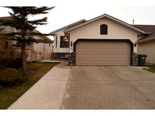 Photo 1: 37 CITADEL Gardens NW in CALGARY: Citadel Residential Detached Single Family for sale (Calgary)  : MLS®# C3568731