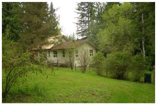 Photo 2: 3977 Myers Frontage Road: Tappen House for sale (Shuswap)  : MLS®# 10134417