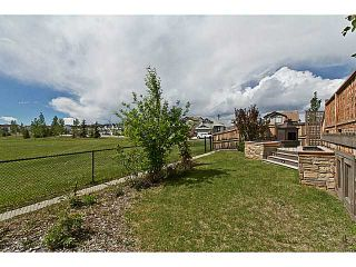 Photo 3: 33 COVEPARK Bay NE in Calgary: Coventry Hills House for sale : MLS®# C4059418