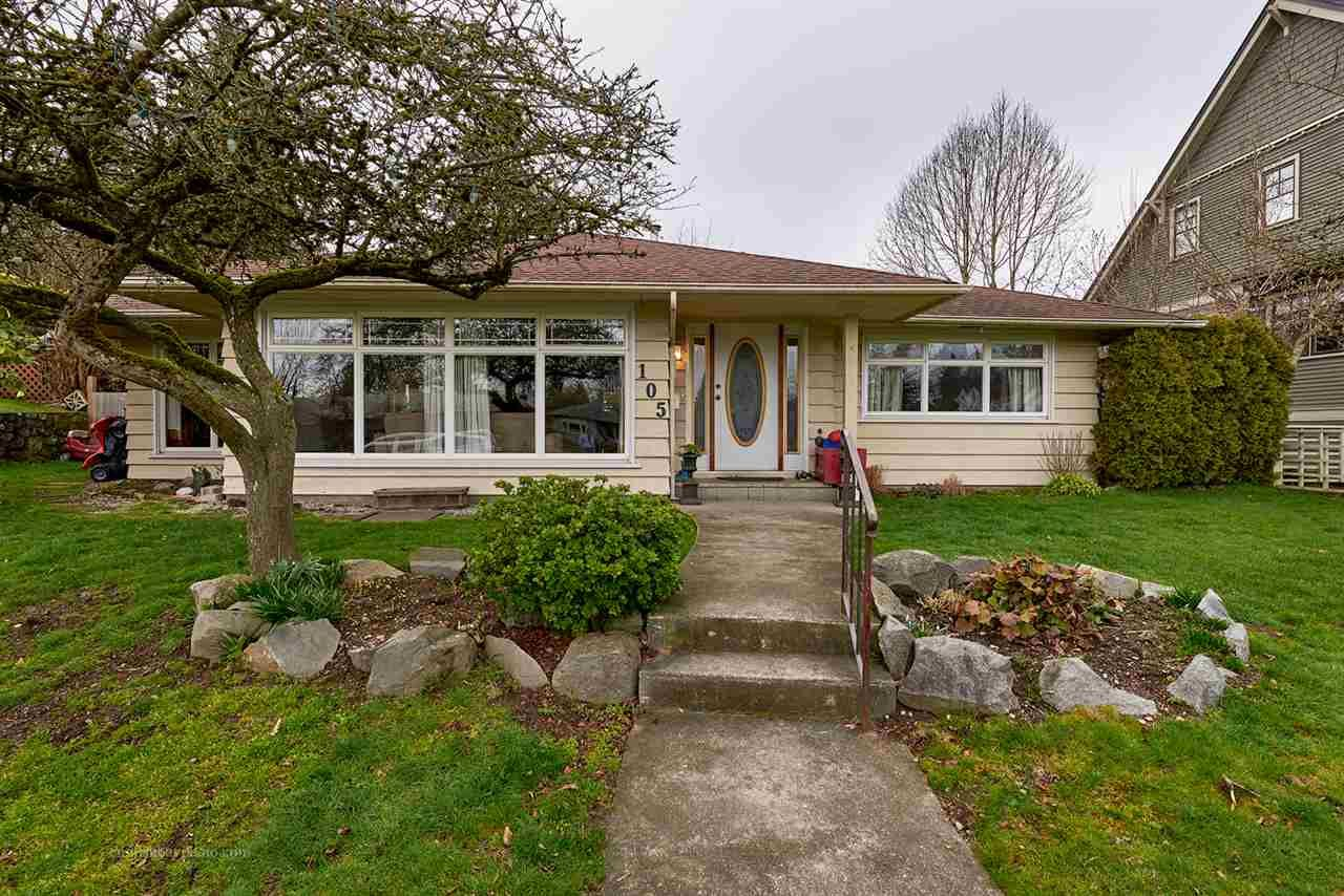 """Main Photo: 105 COLLEGE Court in New Westminster: Queens Park House for sale in """"Queens Park"""" : MLS®# R2039051"""