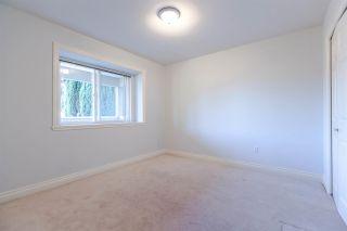 Photo 10: 8142 WEDGEWOOD Street in Burnaby: Burnaby Lake 1/2 Duplex for sale (Burnaby South)  : MLS®# R2108883