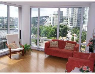 Photo 2: 503 1438 RICHARDS Street in Vancouver: False Creek North Condo for sale (Vancouver West)  : MLS®# V751605