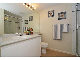 Photo 14: 305 2990 PRINCESS CRESCENT in Coquitlam: Canyon Springs Condo for sale : MLS®# V1142606