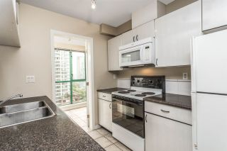 """Photo 9: 1204 939 HOMER Street in Vancouver: Yaletown Condo for sale in """"THE PINNACLE"""" (Vancouver West)  : MLS®# R2204695"""