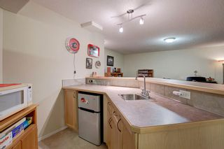 Photo 17: 355 Somerset Drive SW in Calgary: Somerset Detached for sale : MLS®# A1096882