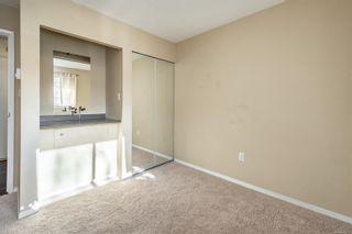 Photo 13: 301 1366 Hillside Ave in : Vi Oaklands Condo for sale (Victoria)  : MLS®# 863851