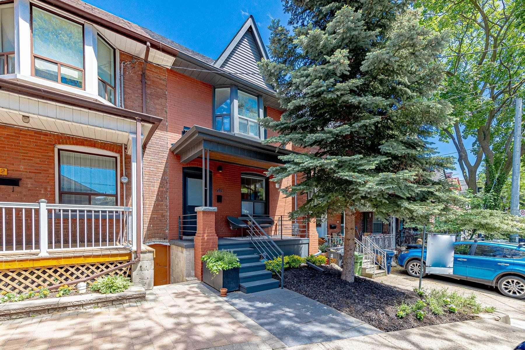 Main Photo: 40 Mackenzie Crescent in Toronto: Little Portugal House (2-Storey) for sale (Toronto C01)  : MLS®# C5275307
