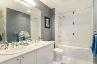 """Photo 15: 502 138 E ESPLANADE in North Vancouver: Lower Lonsdale Condo for sale in """"Premier at the Pier"""" : MLS®# R2108976"""