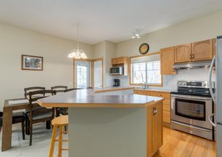 Photo 12: 7 River Rock Place SE in Calgary: Riverbend Detached for sale : MLS®# A1152980