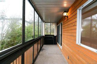 Photo 7: 310 726 Lampson St in VICTORIA: Es Rockheights Condo for sale (Esquimalt)  : MLS®# 774487
