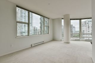 """Photo 21: 2002 1500 HORNBY Street in Vancouver: Yaletown Condo for sale in """"888 BEACH"""" (Vancouver West)  : MLS®# R2461920"""