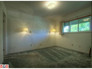 """Photo 7: 24 5850 177B Street in Surrey: Cloverdale BC Townhouse for sale in """"Dogwood Gardens"""" (Cloverdale)  : MLS®# F1222363"""