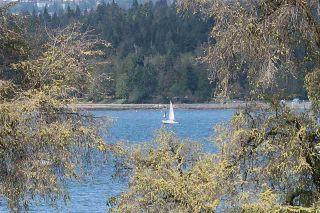 Photo 2: 306 2255 YORK AVENUE in Vancouver: Kitsilano Condo for sale (Vancouver West)  : MLS®# R2385765