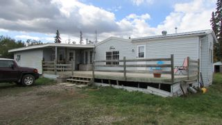 """Photo 2: 9512 259 Road in Fort St. John: Fort St. John - Rural E 100th Manufactured Home for sale in """"SWANSON LUMBER ROAD"""" (Fort St. John (Zone 60))  : MLS®# R2618672"""