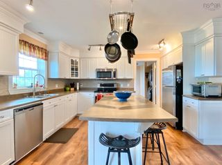 Photo 8: 697 Belmont Road in Belmont: 403-Hants County Residential for sale (Annapolis Valley)  : MLS®# 202120785