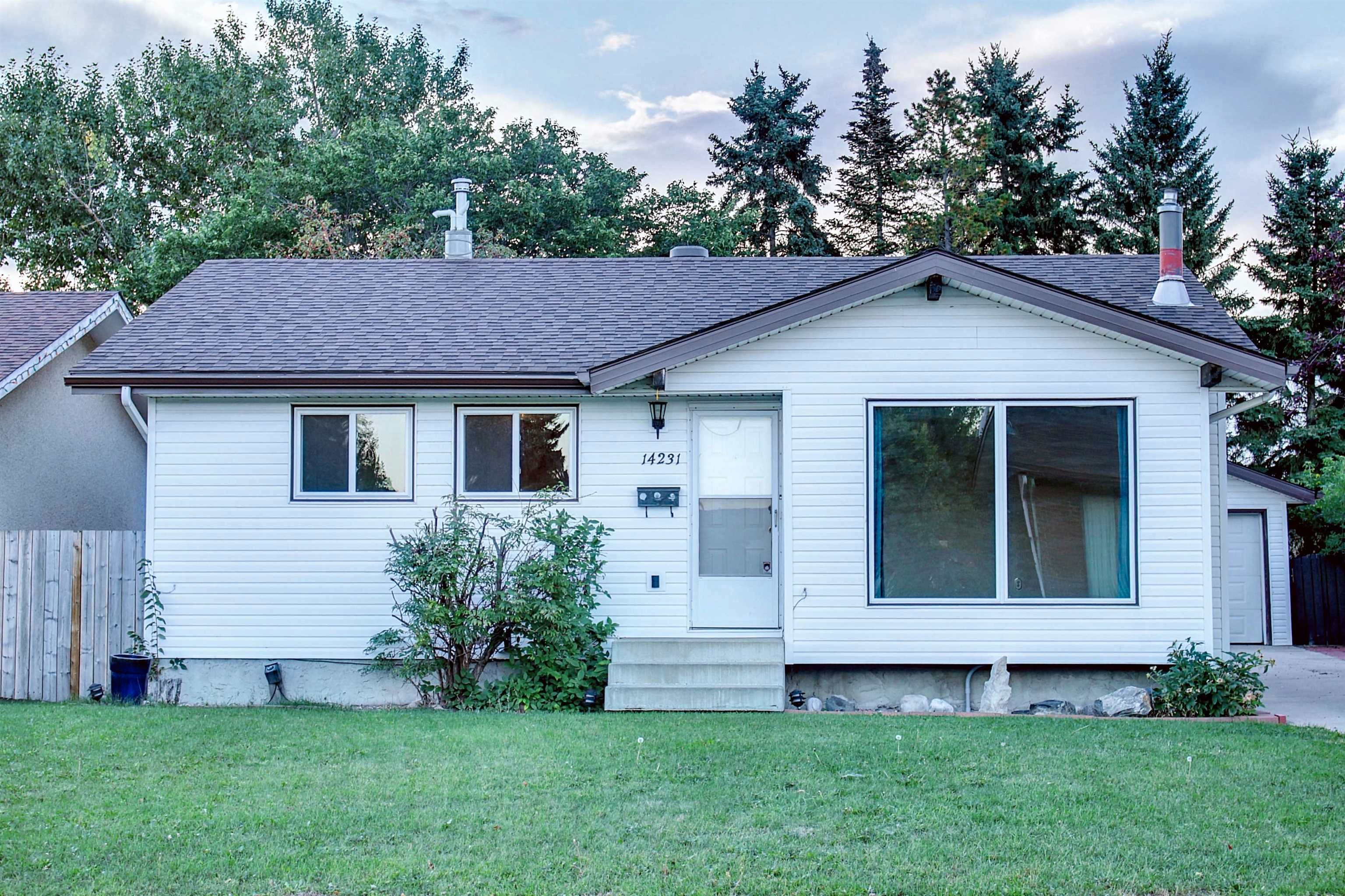 Main Photo: 14231 30 Street in Edmonton: Zone 35 House for sale : MLS®# E4261642