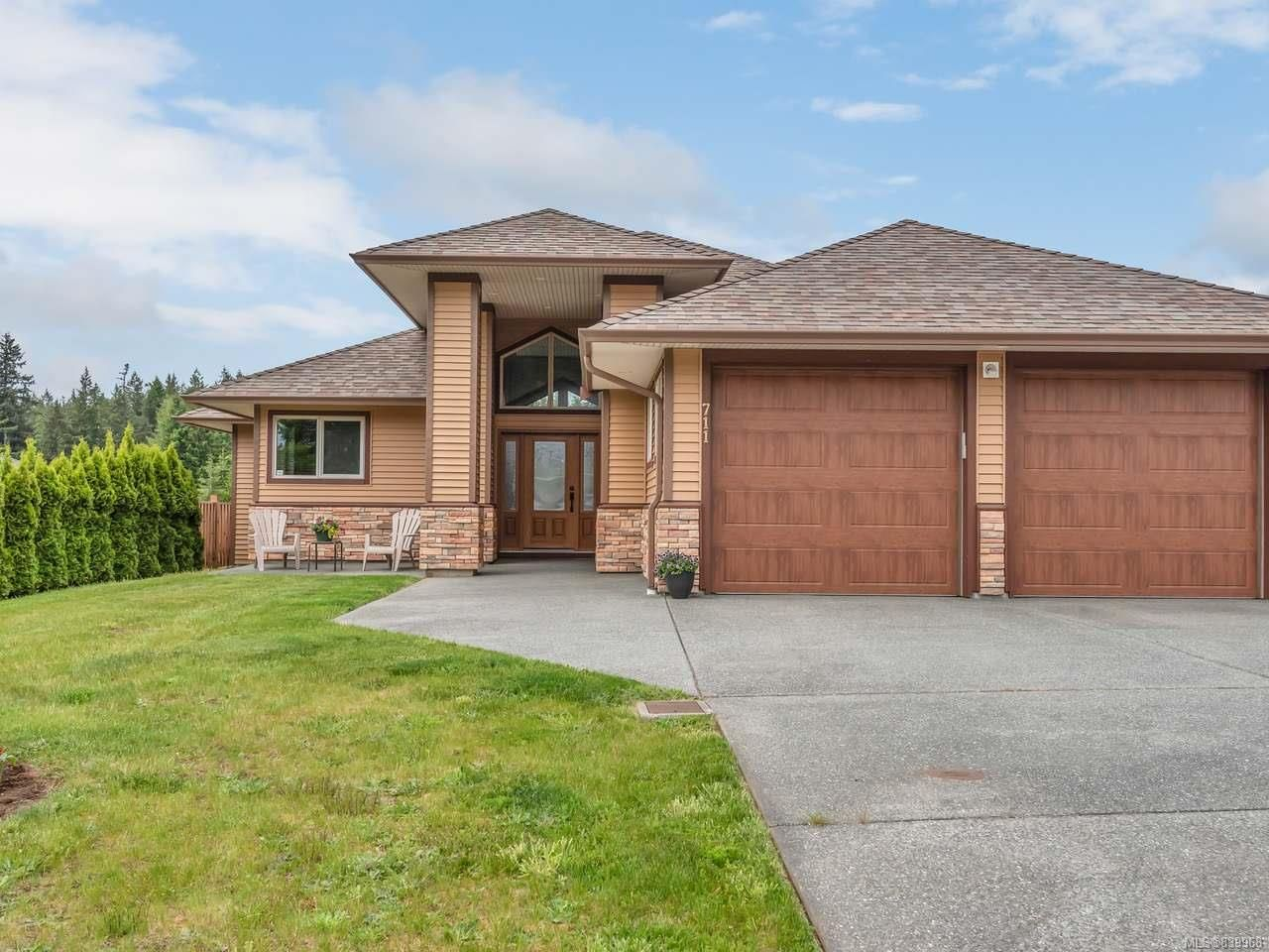 Main Photo: 711 Gemsbok Dr in CAMPBELL RIVER: CR Campbell River Central House for sale (Campbell River)  : MLS®# 839968