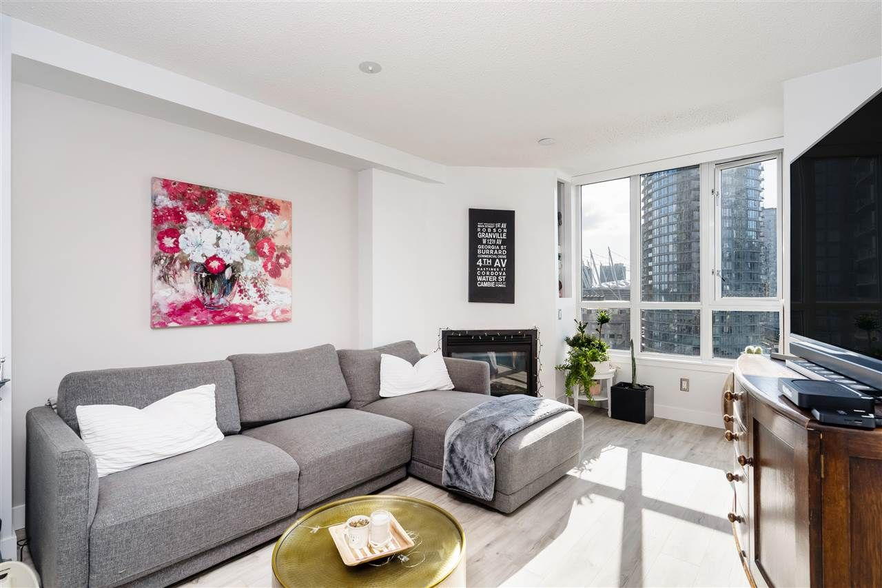 """Main Photo: 1710 63 KEEFER Place in Vancouver: Downtown VW Condo for sale in """"EUROPA"""" (Vancouver West)  : MLS®# R2551162"""