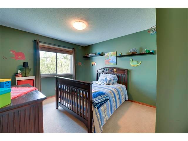 Photo 15: Photos: 21 MORNINGSIDE Bay SW: Airdrie House for sale : MLS®# C4011063
