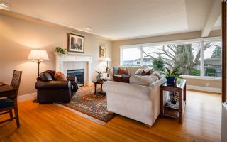 Photo 6: 15539 SEMIAHMOO AVENUE: White Rock House for sale (South Surrey White Rock)  : MLS®# R2554599
