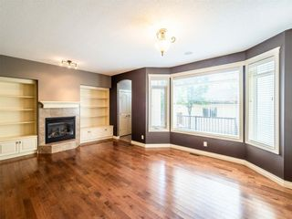 Photo 12: 529 24 Avenue NE in Calgary: Winston Heights/Mountview Semi Detached for sale : MLS®# A1021988
