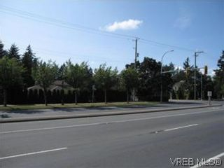Photo 3: 703 Massie Dr in VICTORIA: La Langford Proper House for sale (Langford)  : MLS®# 507817