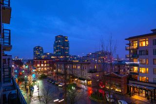"""Photo 15: 404 124 W 1ST Street in North Vancouver: Lower Lonsdale Condo for sale in """"The """"Q"""""""" : MLS®# R2430704"""