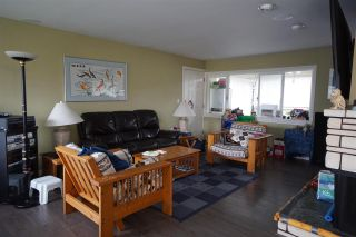 """Photo 4: 2431 GLENWOOD Avenue in Port Coquitlam: Woodland Acres PQ House for sale in """"Woodland Acre"""" : MLS®# R2586320"""