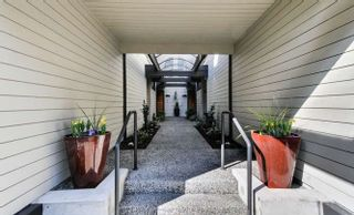 """Photo 2: 3746 NICO WYND Drive in Surrey: Elgin Chantrell Townhouse for sale in """"NICO WYND ESTATES"""" (South Surrey White Rock)  : MLS®# R2245274"""