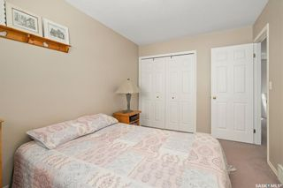 Photo 16: 4 215 Pinehouse Drive in Saskatoon: Lawson Heights Residential for sale : MLS®# SK870011
