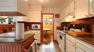 Photo 8: 2872 in North Vancouver: Westlynn Terrace House for sale : MLS®# R2035461