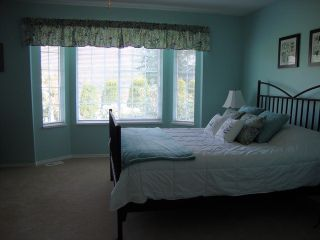 """Photo 15: 19036 64TH Avenue in Surrey: Cloverdale BC House for sale in """"CLAYTON HILL"""" (Cloverdale)  : MLS®# F1409309"""