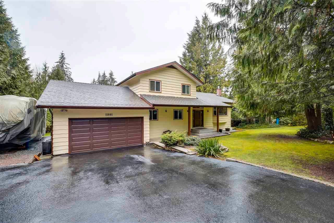 Main Photo: 11881 260 Street in Maple Ridge: Websters Corners House for sale : MLS®# R2582931